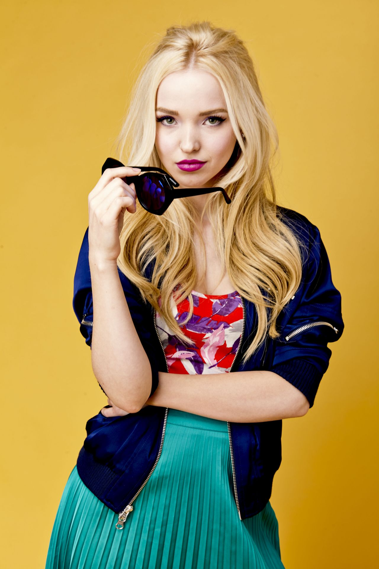 dove-cameron-tigerbeat-magazine-photoshoot-2016-7.jpg